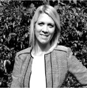 Fiona in Black and White - Expert Dermatologists in London | Harley Street Dermatology Clinic